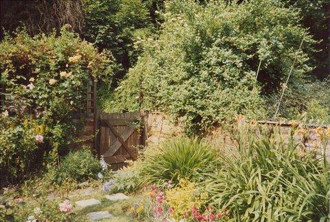 garden-1980-3
